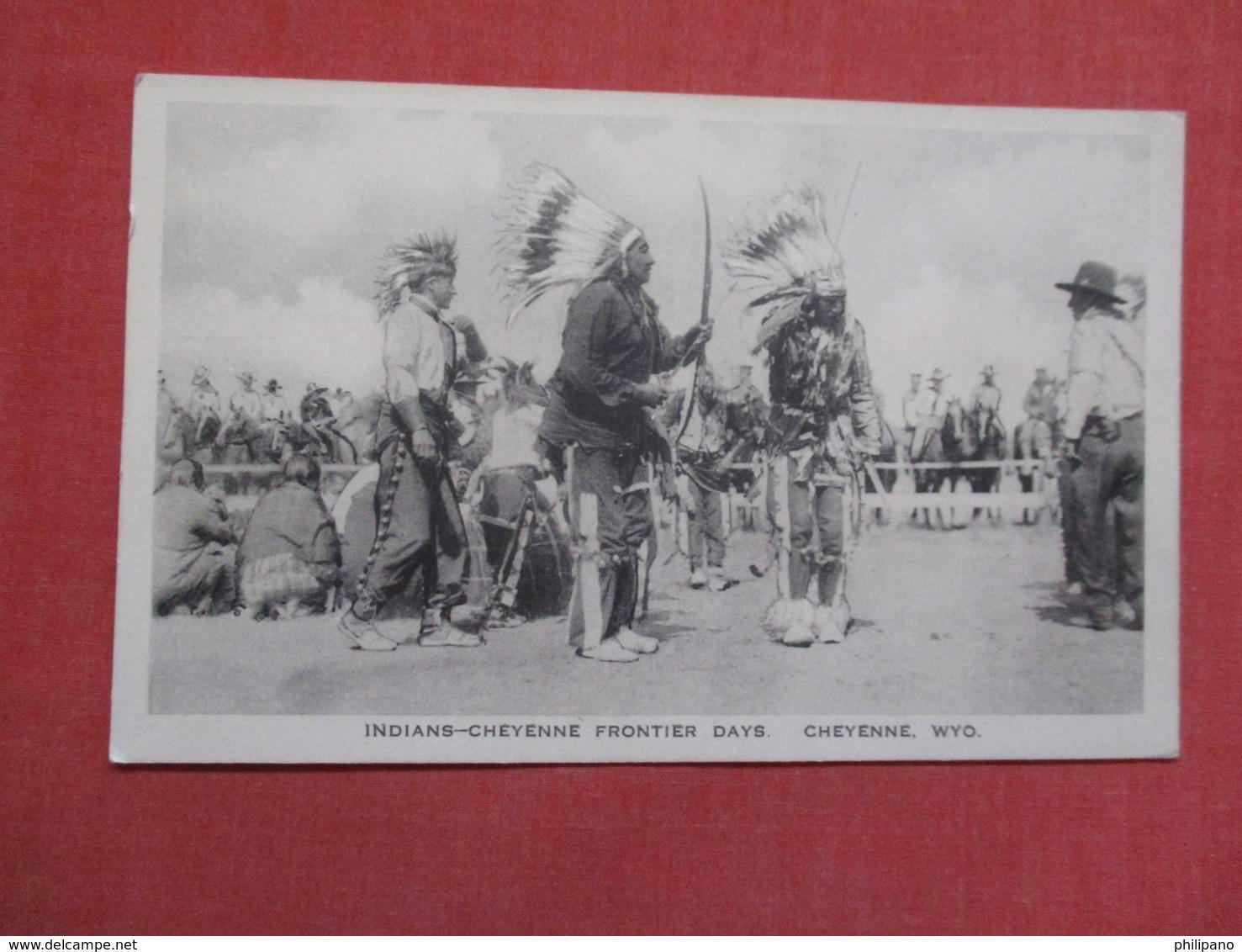 Indians Cheyenne Frontier Days Cheyenne WYo.     Ref    3589 - Native Americans