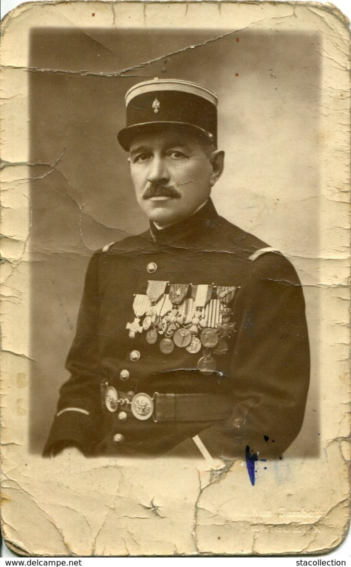 A VOIR ! CARTE PHOTO PERIGUEUX OFFICIER GENDARME  THEMES MEDAILLES DORDOGNE MILITARIA - France