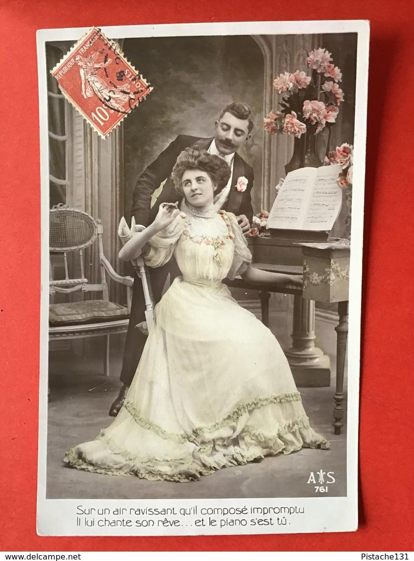 SUR UN AIR RAVISSANT...BIJ DE PIANO - Femmes