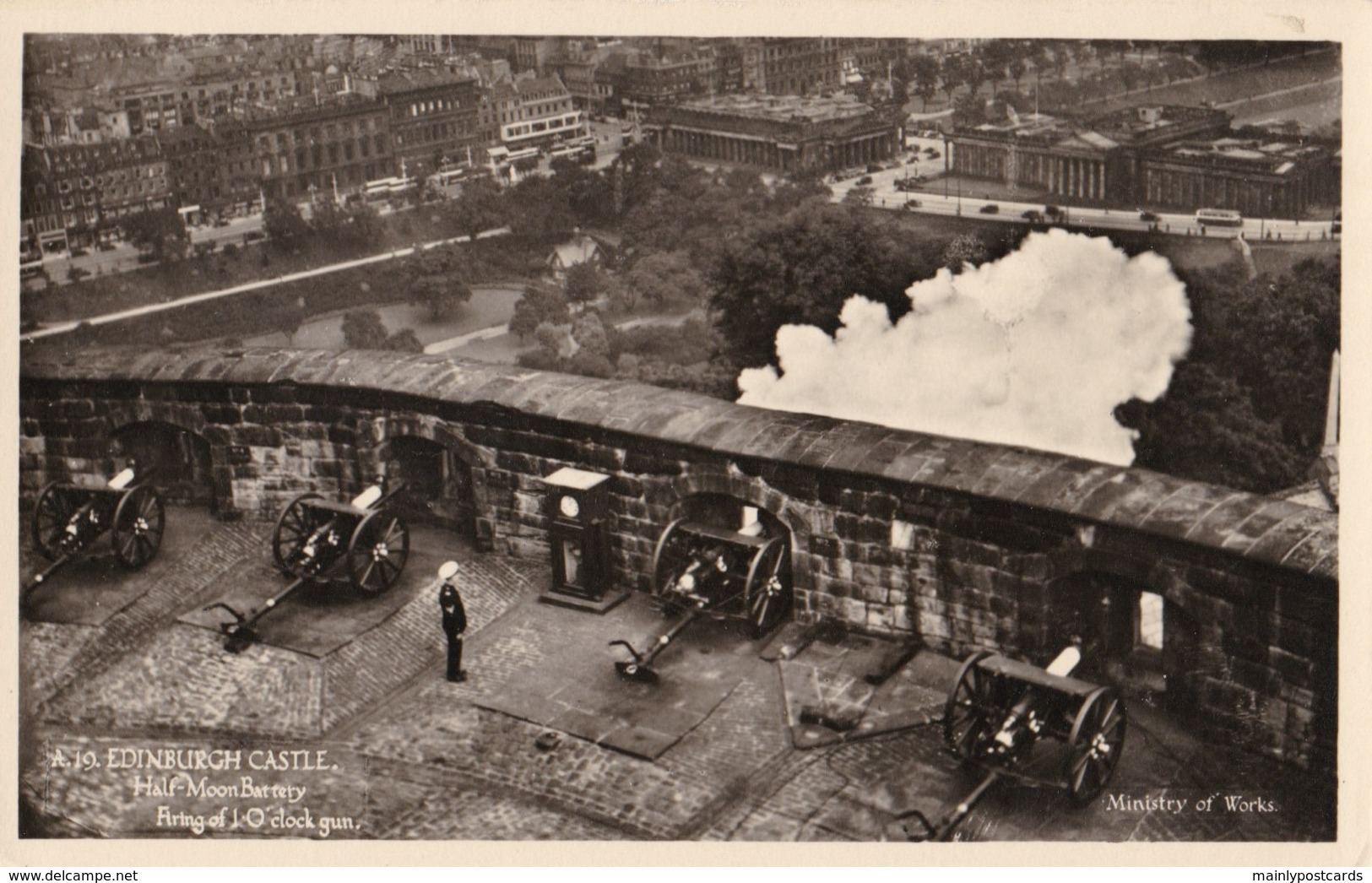 AL79 Edinburgh Castle, Half Moon Battery, Firing Of 1 O'clock Gun - Midlothian/ Edinburgh