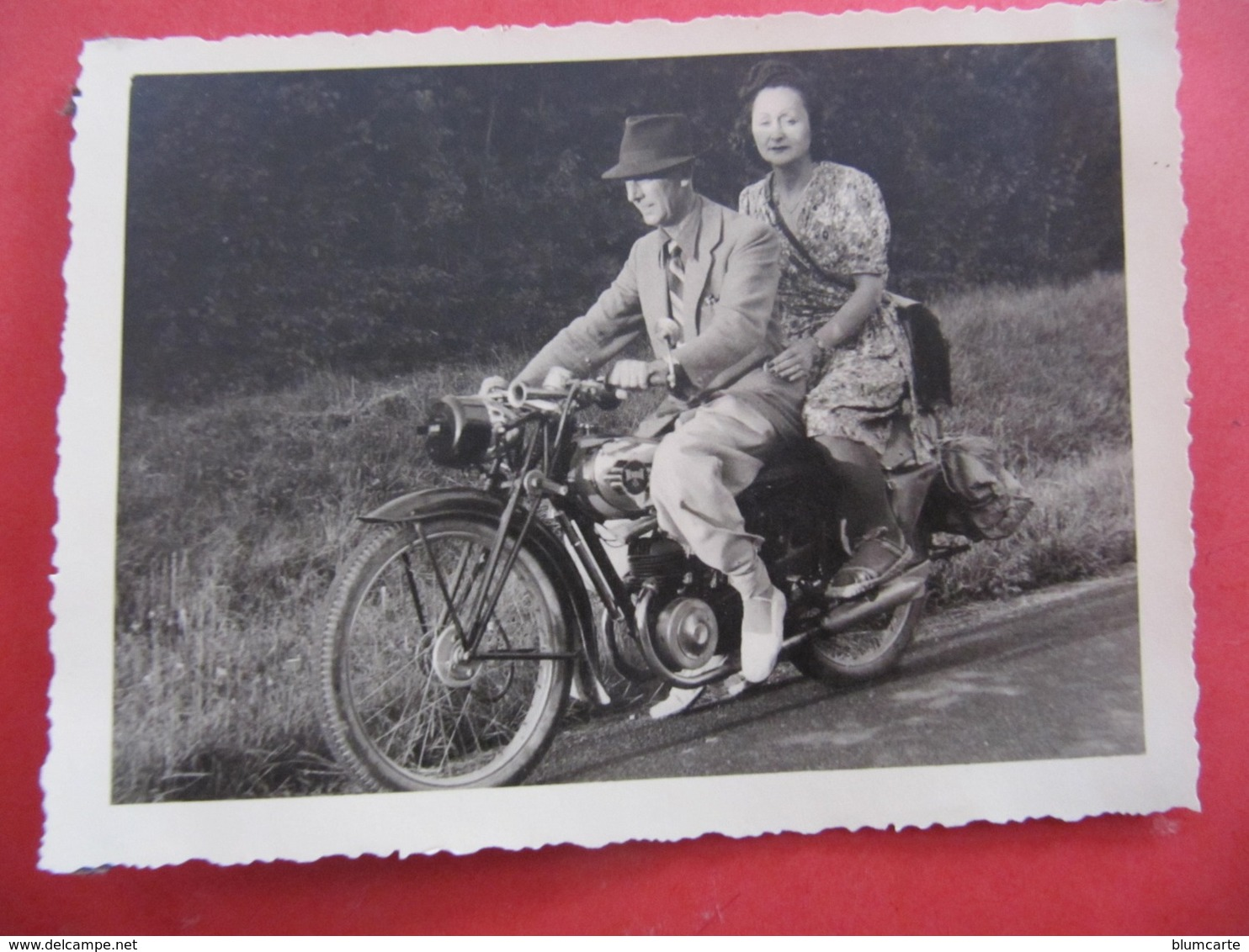Photo Format : 12 X 9 Cm - MOTO TERROT - LES RICEYS 1943 - Motorbikes