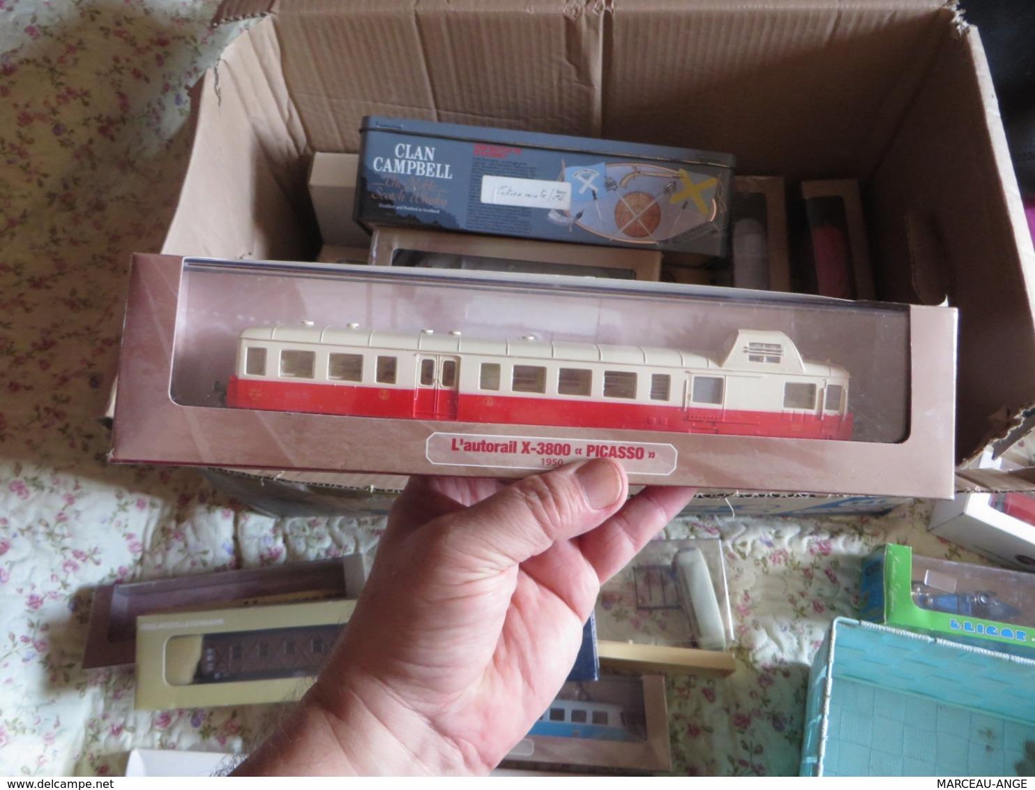 1 Carton REMPLI DE TRAINS SURTOUT ET DIVERS ,voir De Tres Nombreuses Photos - Autres Collections