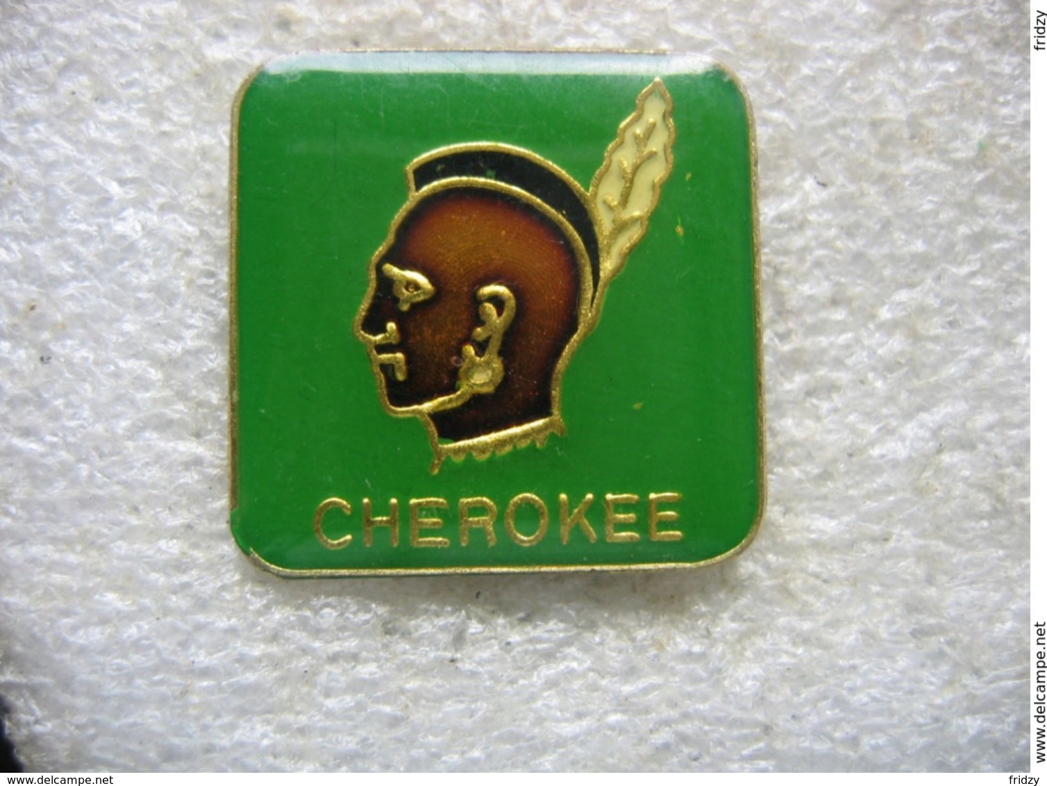 Pin's Indien Cherokee - Militaria