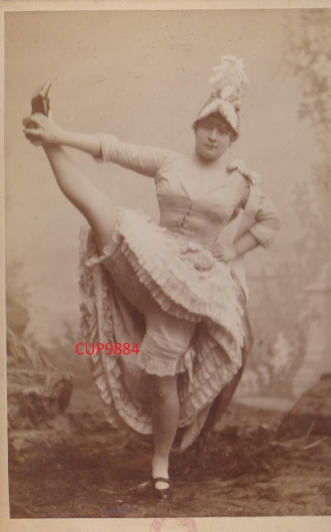 LA  GOULUE  :  PHOTO  11  X  16  Cm  (  CERTAINEMENT  A.  BLOCK  -  MOULIN  ROUGE )  .  TRES  RARE  . - Célébrités