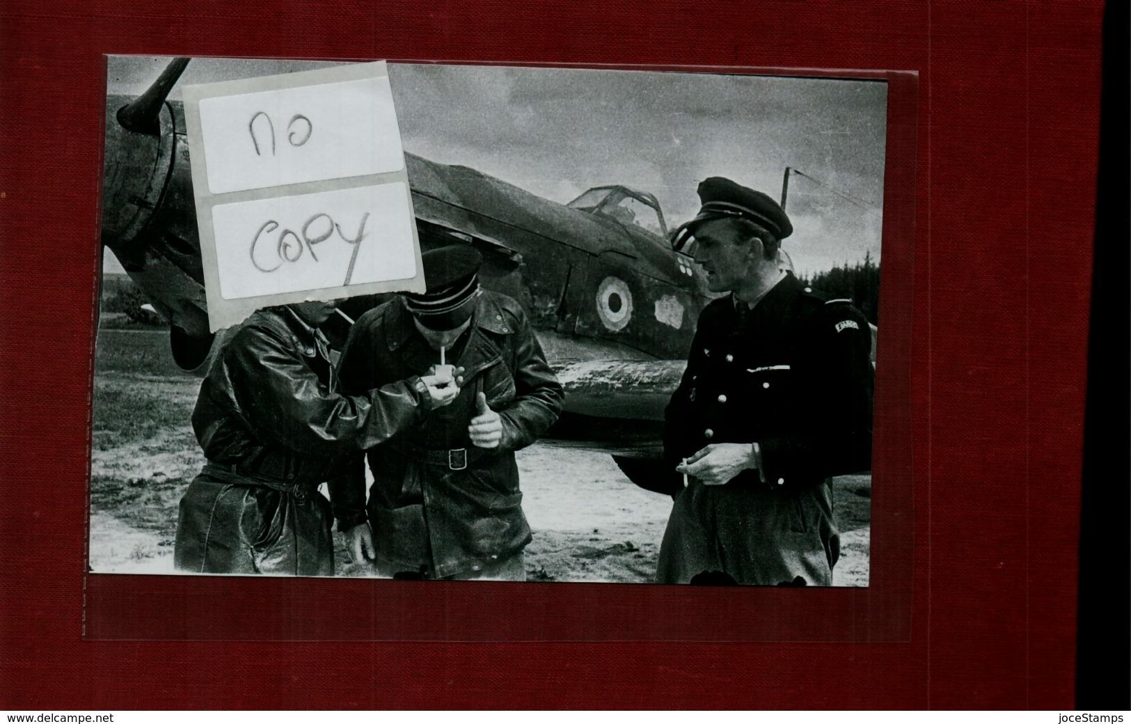 WW2 Front De L'Est Pilotes De L'Armée Rouge Et Français De L'Escadrille Normandie Niemen - Reproductions