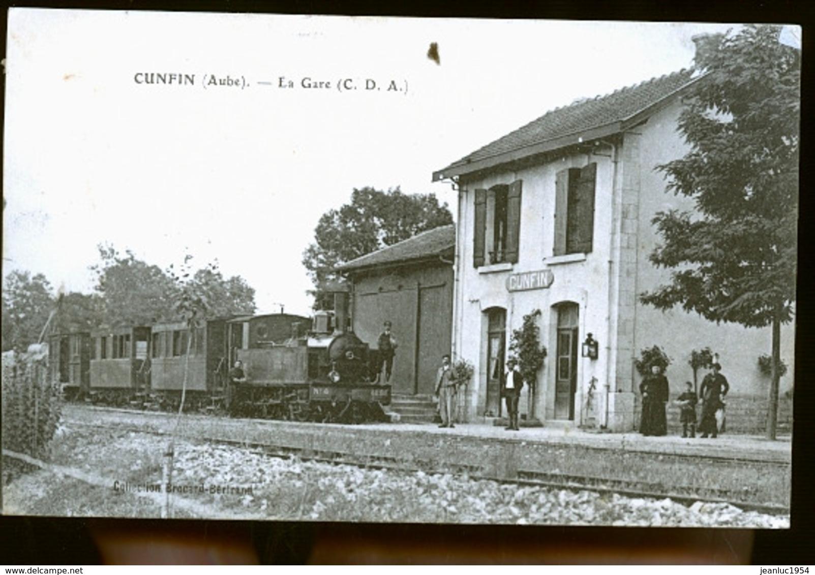 CUNFIN LA GARE - Francia