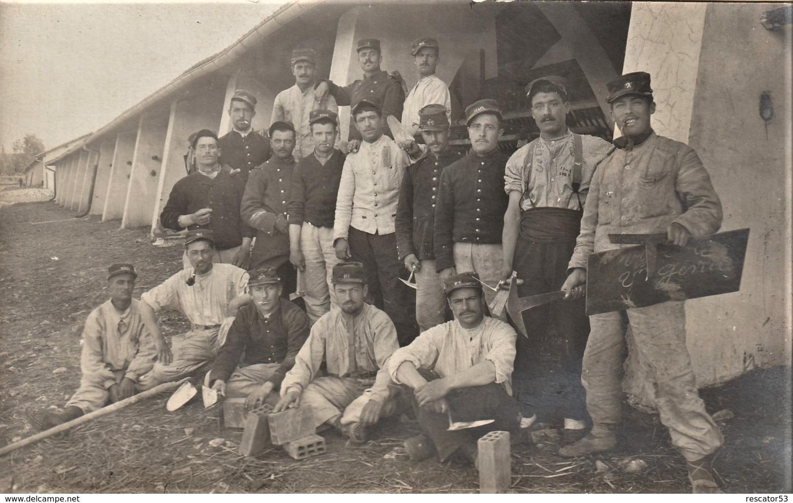 Rare Carte-photo Groupe De Militaires Du 2 ème Génie - 1914-18