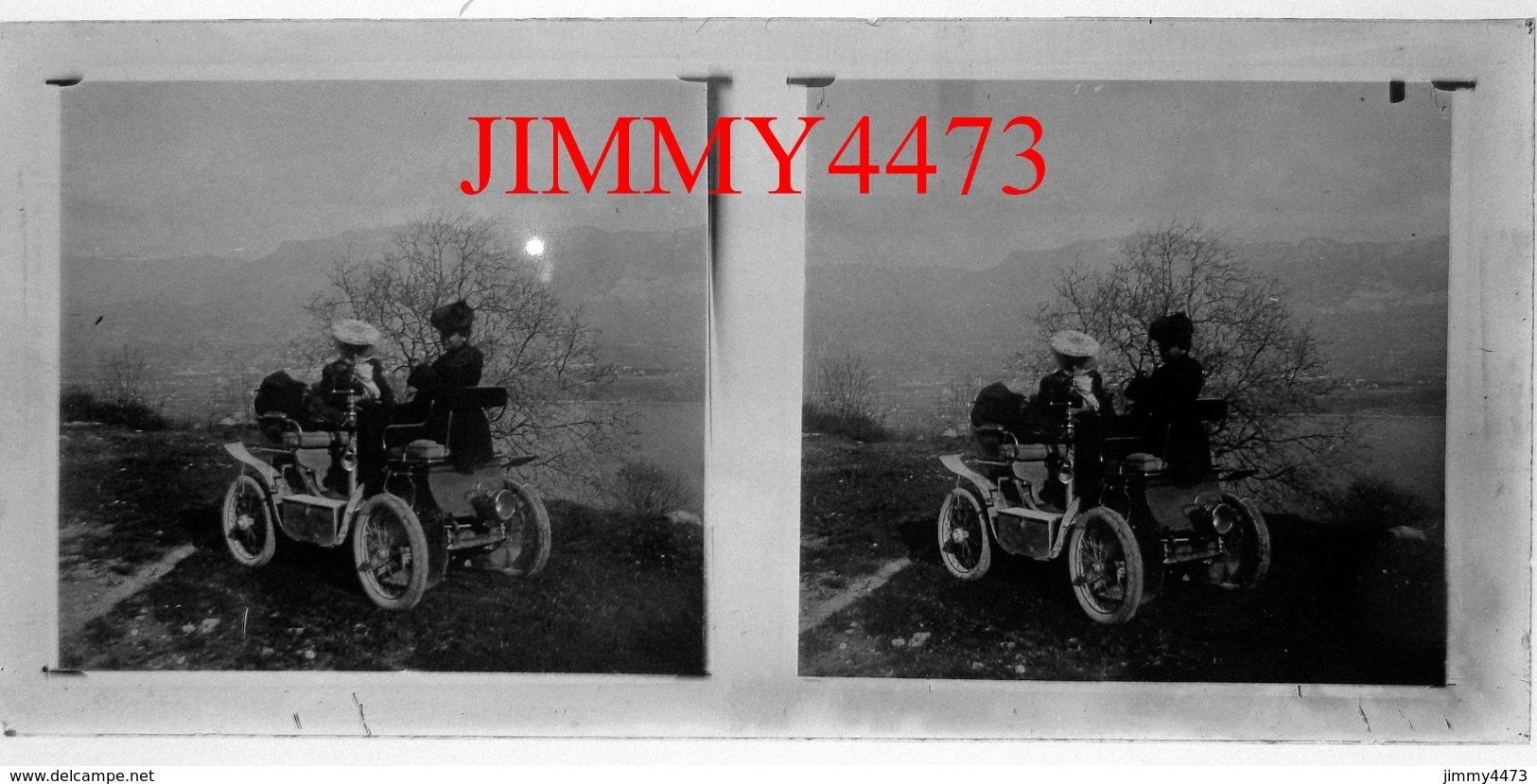 Plaque De Verre En Stéréo - Une Vieille Automobile Au Lac Du Bourget En 1904 - Taille 148 X 68 Mlls - Diapositiva Su Vetro