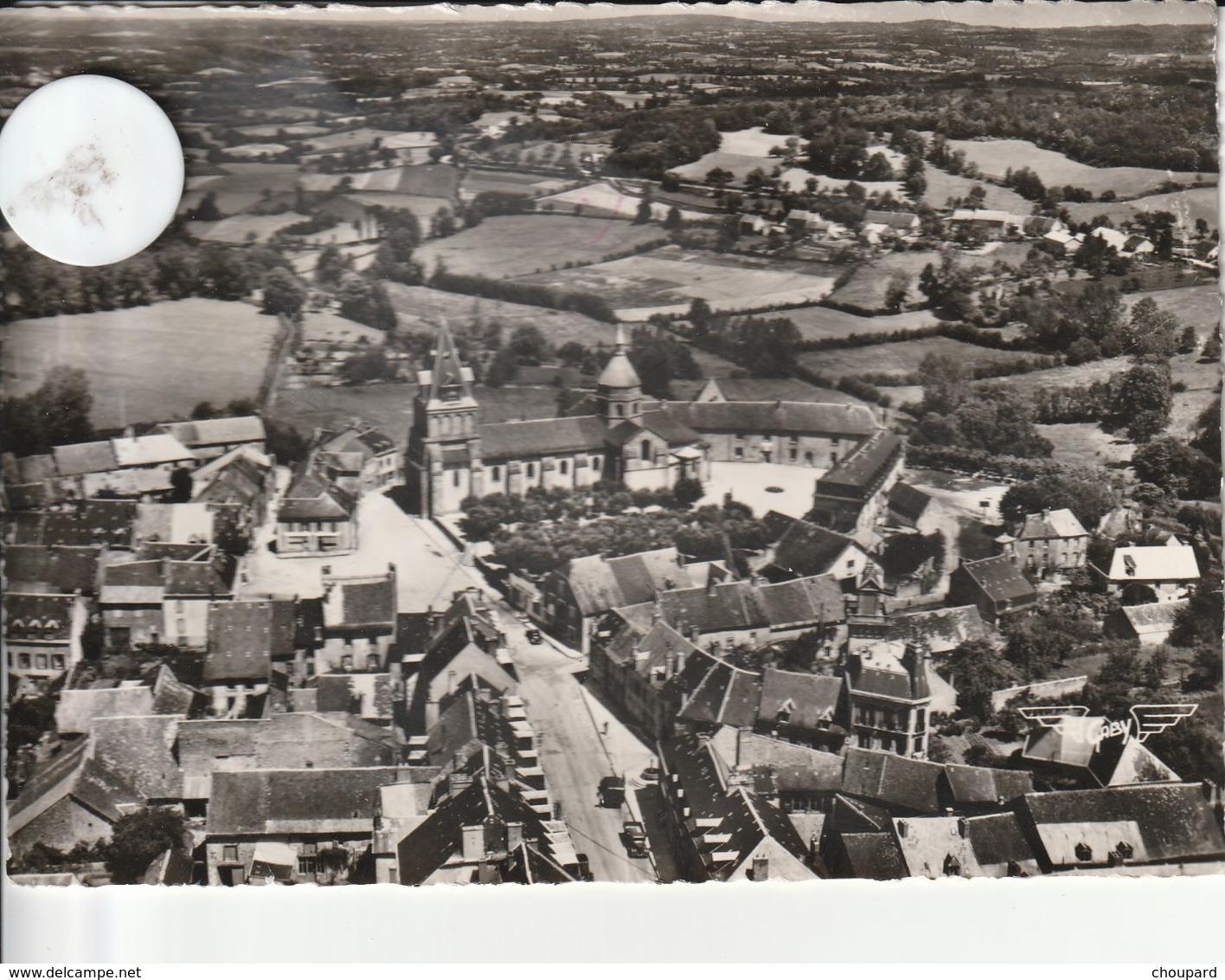23 - Très Belle Carte Postale Semi Moderne Dentelée De  BENEVENT L'ABBAYE   Vue Aérienne - Benevent L'Abbaye