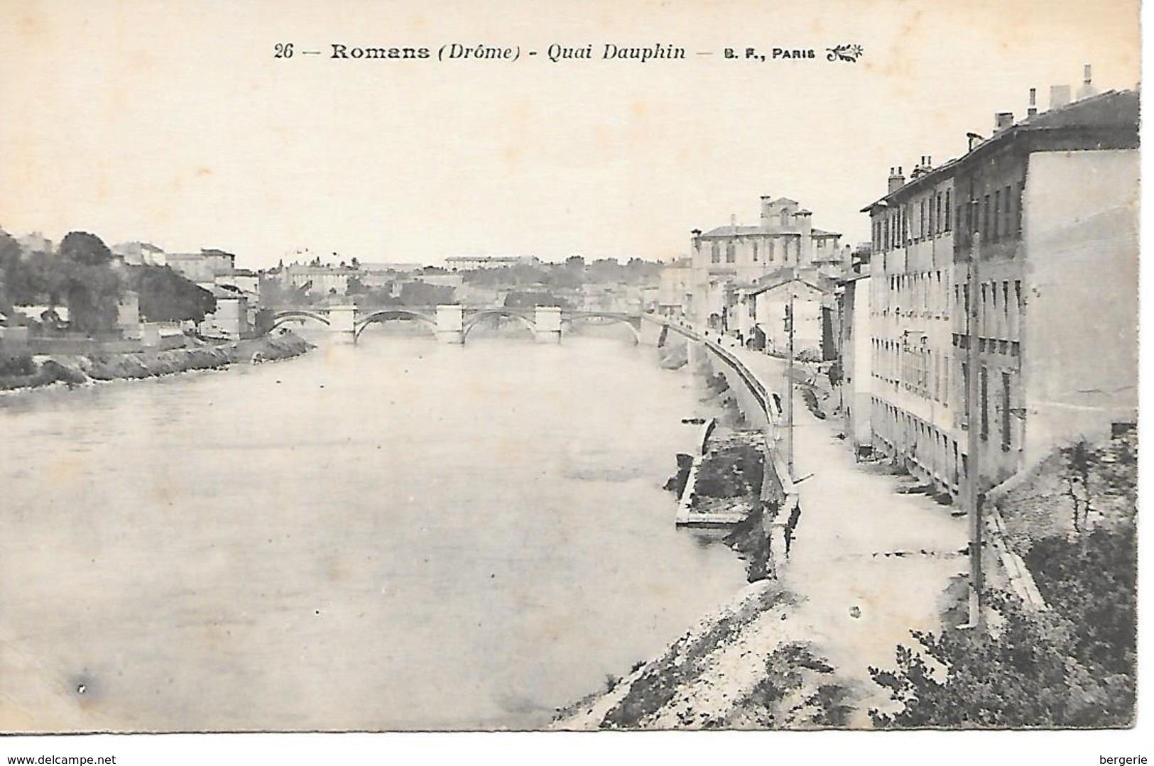 25/ 4     26   Romans    Quai Dauphin  (animations) - Romans Sur Isere