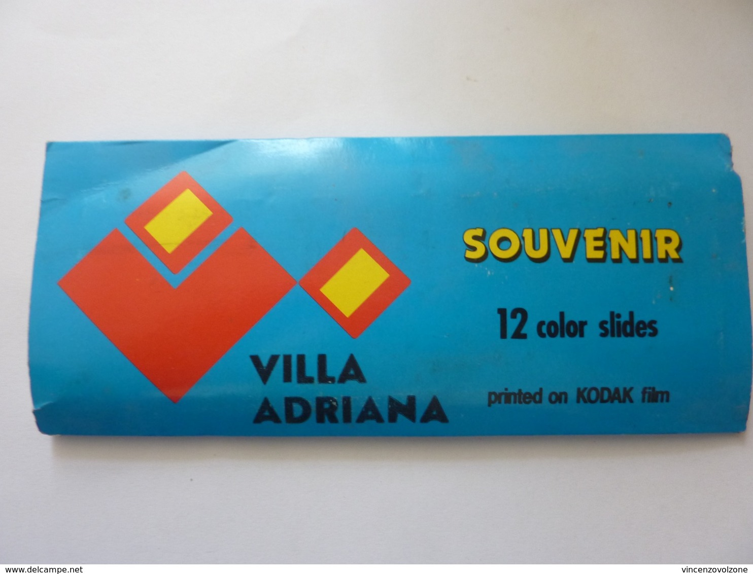 "Souvenir ""VILLA ADRIANA 12 Color  Slides  Printed On KODAK Film""   Anni '60 - Diapositive"