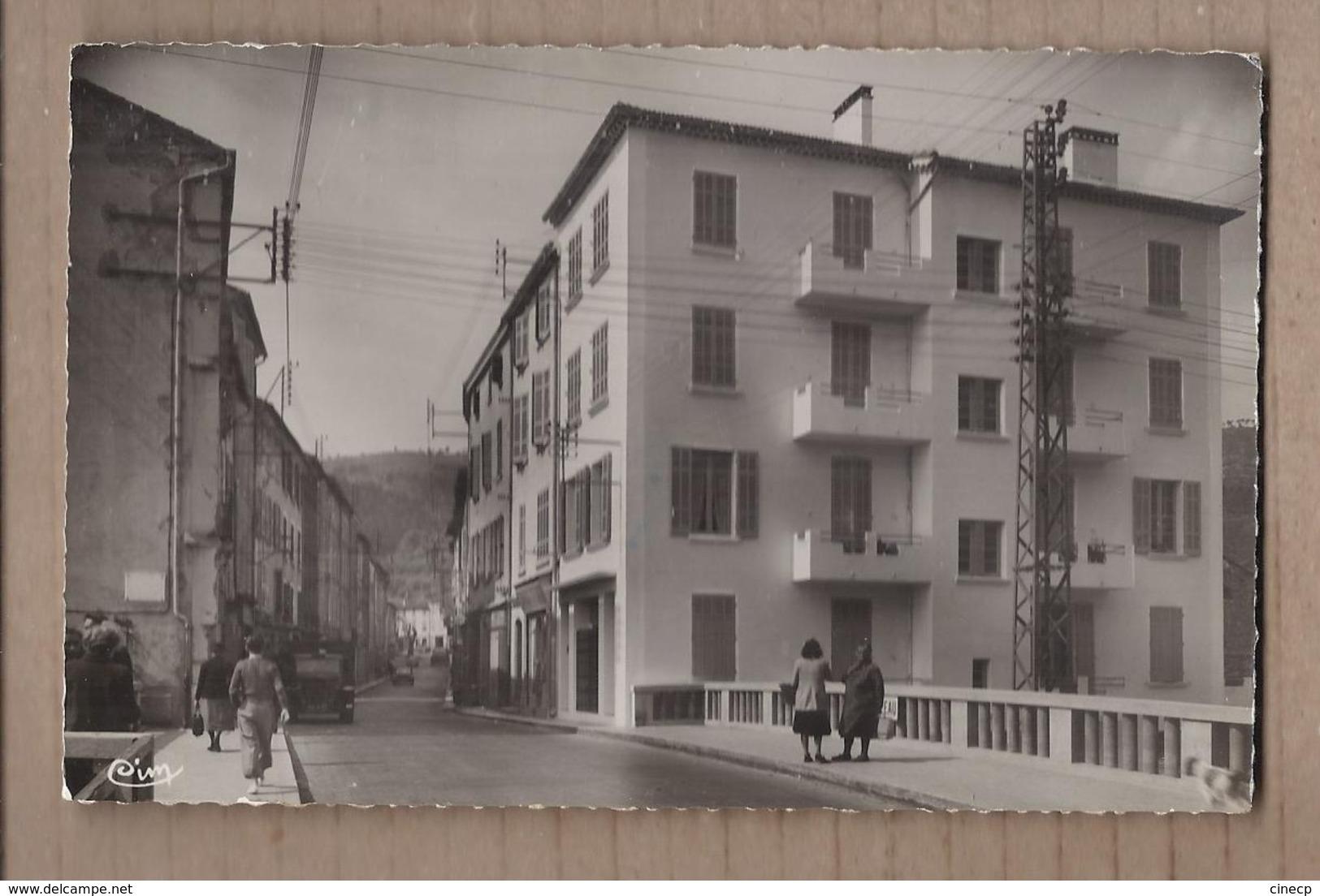 """CPSM 83 - SOLLIES-PONT - Solliès-Pont - Rue De La République - Le Pont Sur Le Gapeau , La Maison """" Blanche-Neige """" 1957 - Sollies Pont"""