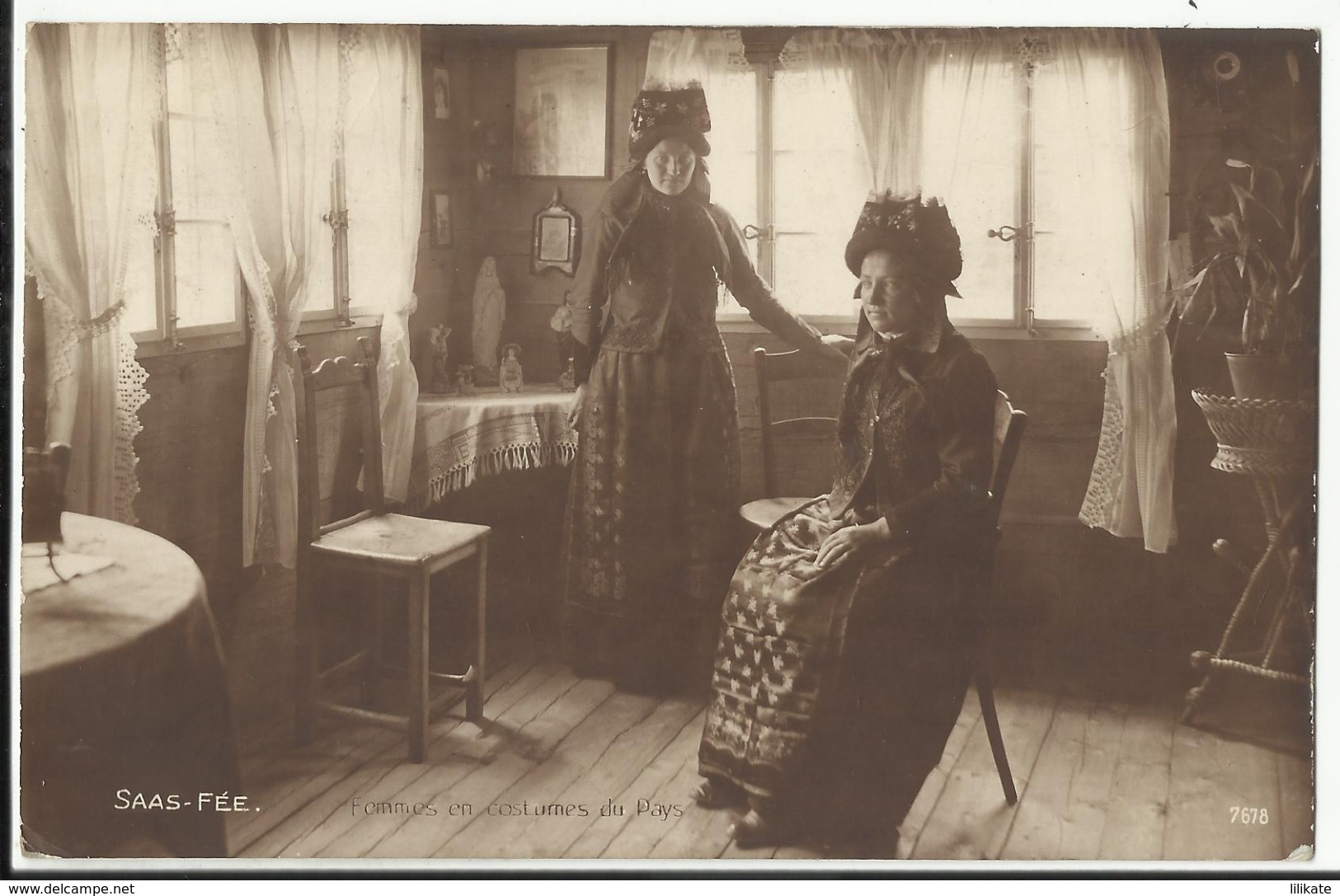 Suisse - SAAS-FEE - Femmes En Costumes Du Pays 1921 - VS Valais