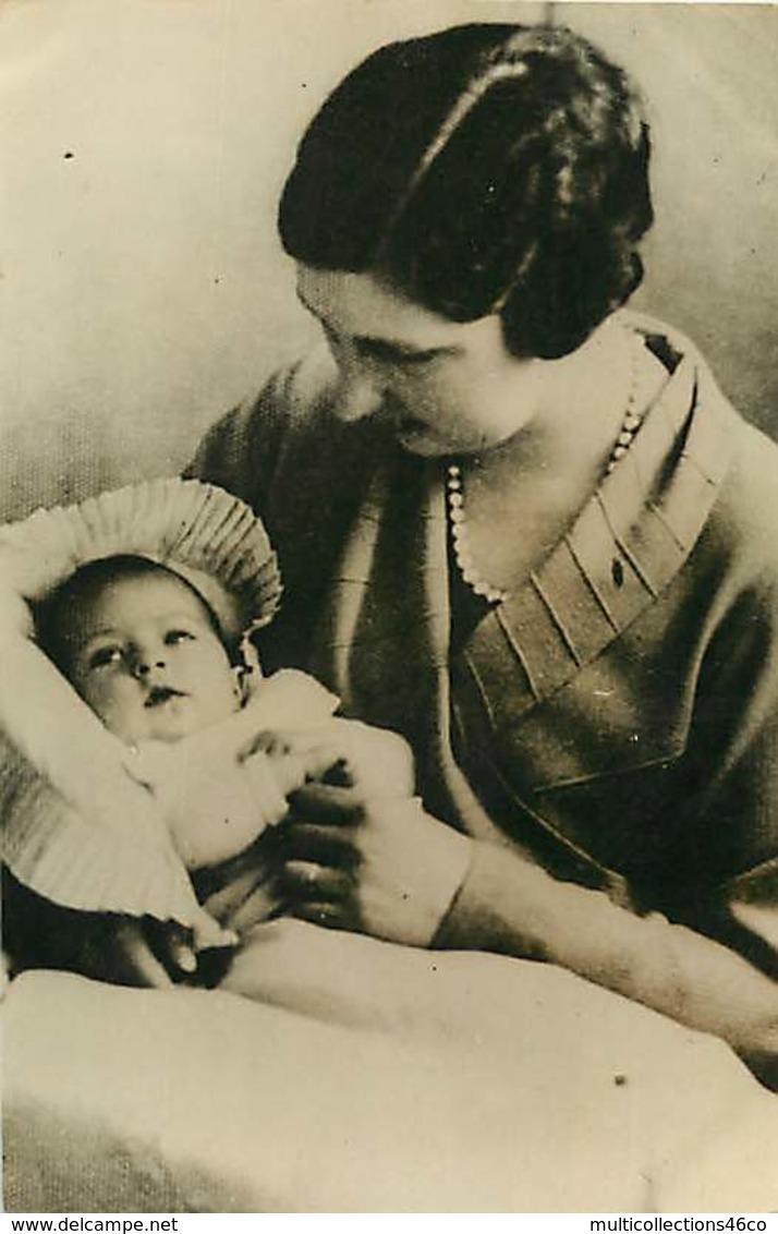 130919F - FAMILLE ROYALE DE BULGARIE - PHOTO 1933 La Reine De Bulgarie Et Sa Fille Marie Louise - Identified Persons