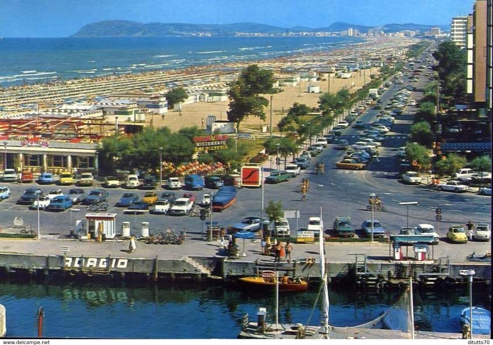 Riccione - Panorama Della Spiaggia E Porto Canale - Formato Grande Viaggiata Mancante Di Affrancatura – E 13 - Rimini