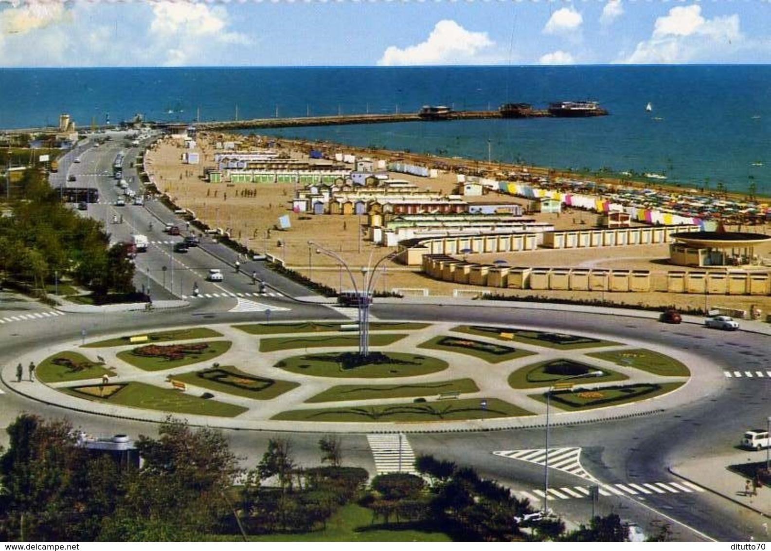 Rimini - Lungomare E Molo - Formato Grande Non Viaggiata – E 13 - Rimini