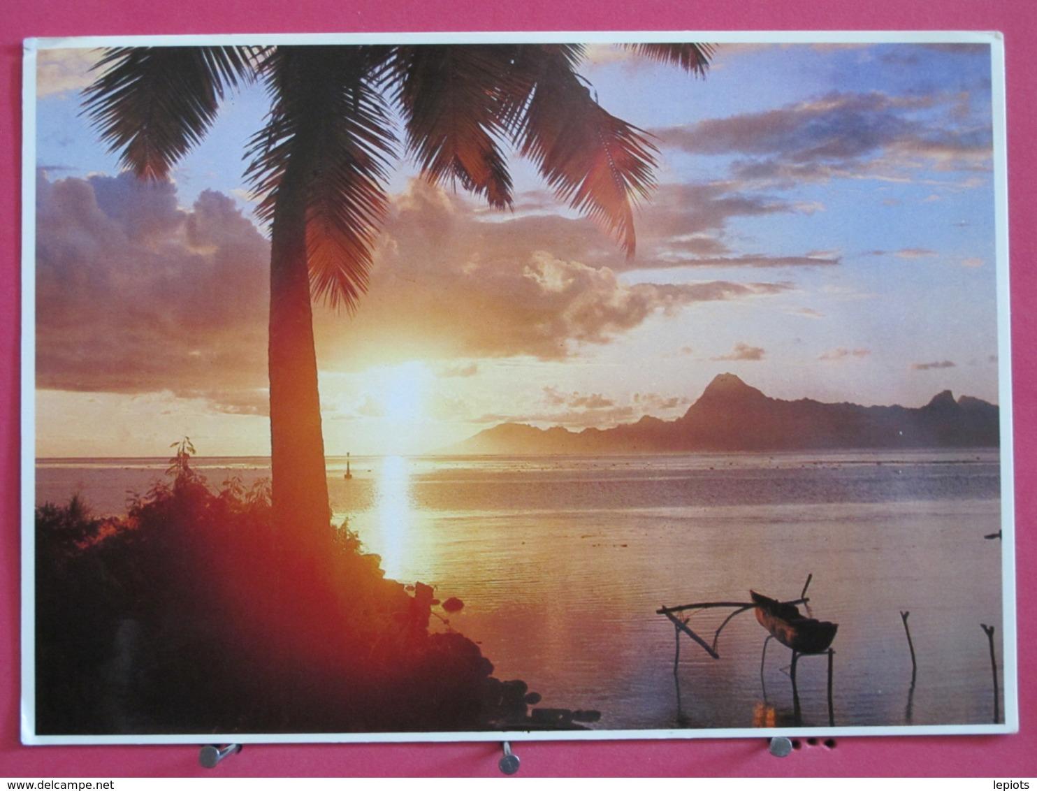 Polynésie Française - Soleil Couchant Sur Moorea - Scans Recto-verso - Tahiti