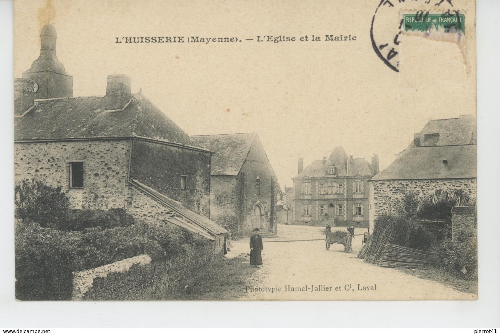 L'HUISSERIE - L'Eglise Et La Mairie - Francia