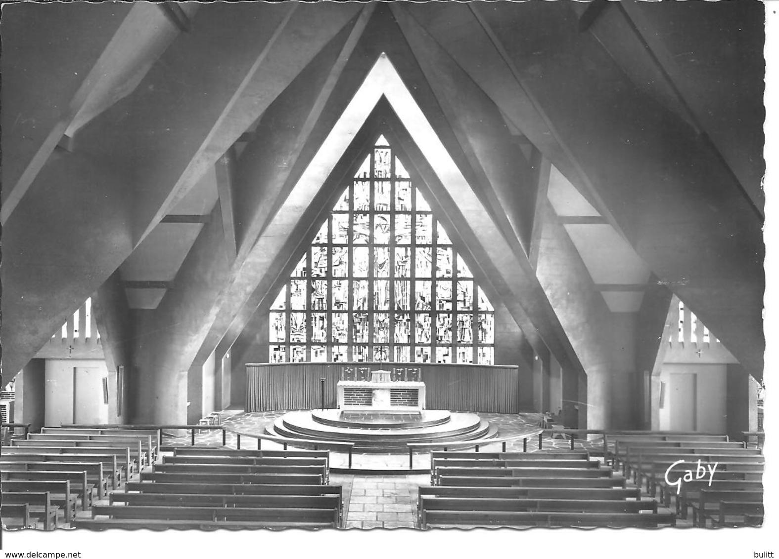 BOUAYE - Intérieur De La Nouvelle église - Bouaye