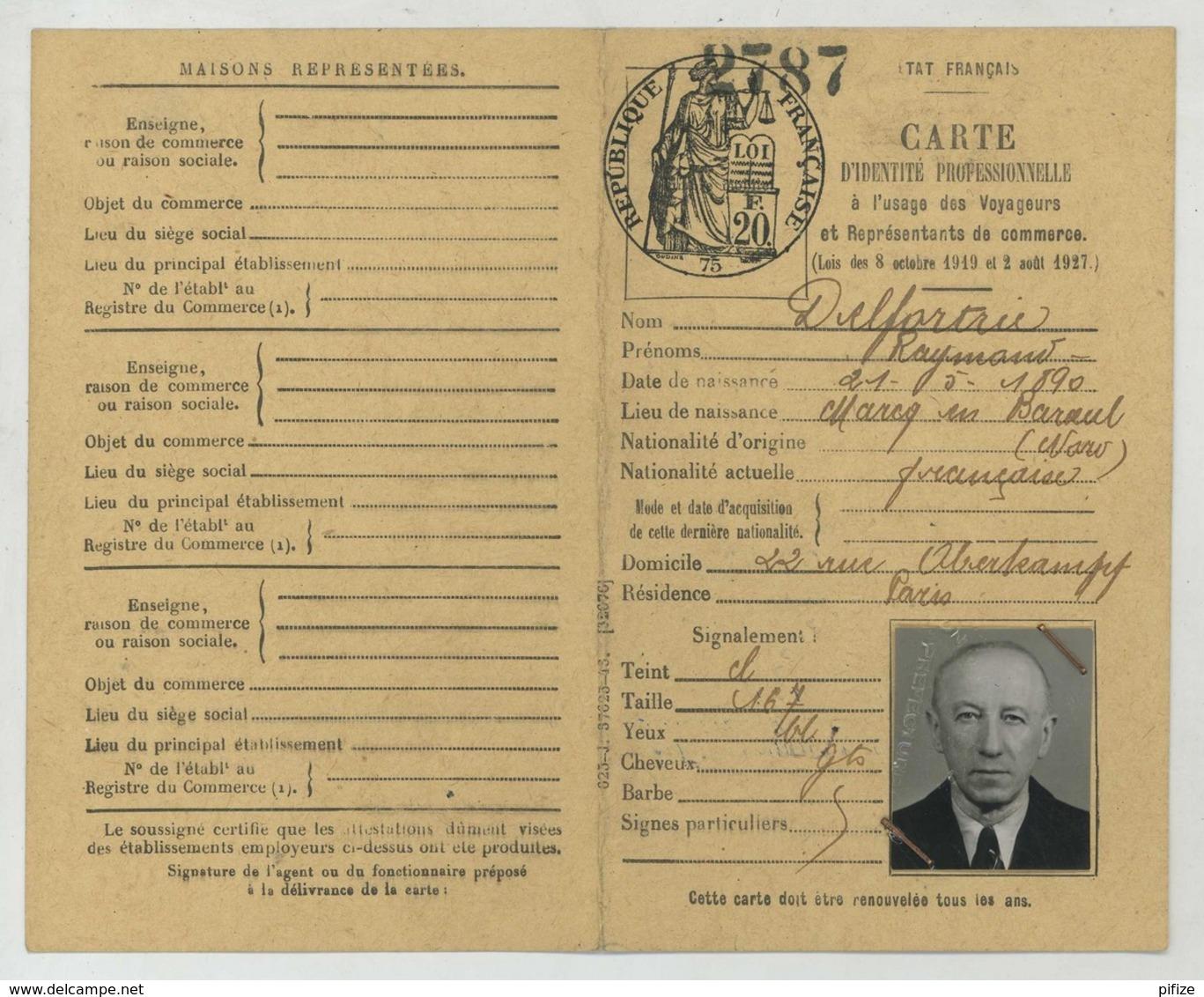 Carte D'identité Professionnelle De VRP Février 1945 + Carte De Membre De La Chambre Syndicale Nationale . Cravates . - Vieux Papiers