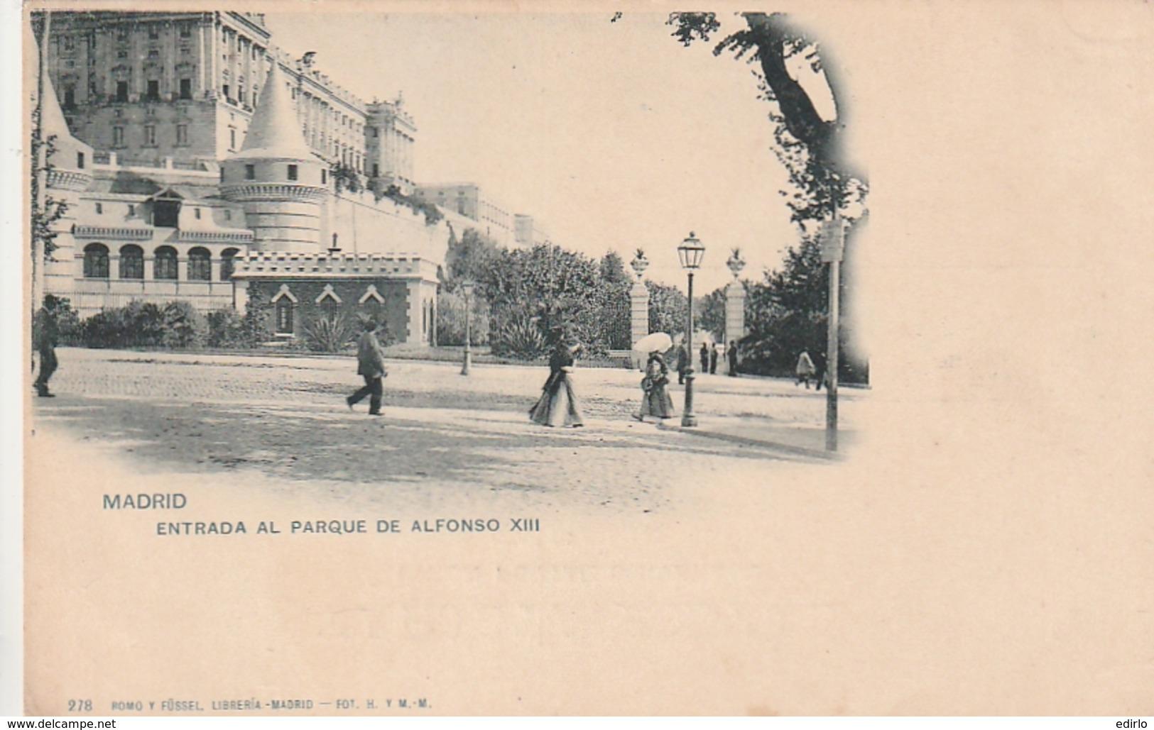 *** MADRID ***  MADRID Entrada Al Parque De Alphonso XIII - 2 Bouts De Papier Collé Dos - Dos Simple - Madrid