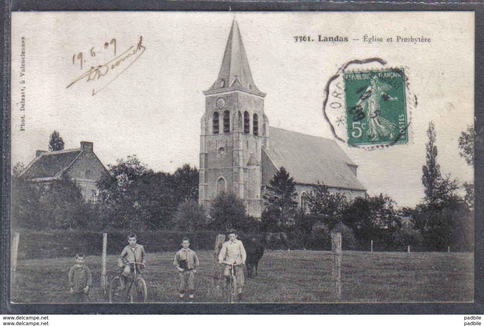 Carte Postale 59. Landas  Eglise Et Presbytère   Trés Beau Plan - France