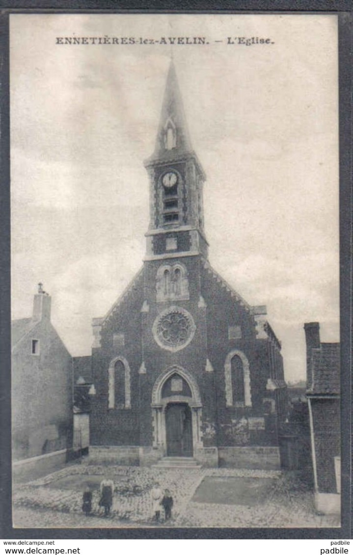Carte Postale 59. Ennetières-lez-Avelin  L'église   Trés Beau Plan - France