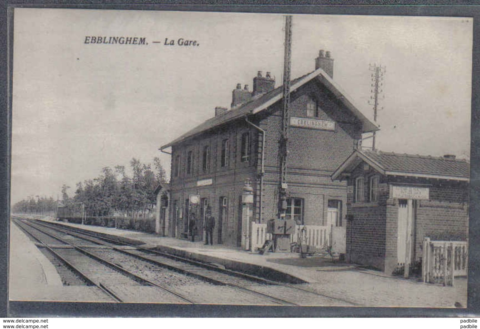 Carte Postale 59. Ebblinghem  La Gare     Trés Beau Plan - Autres Communes