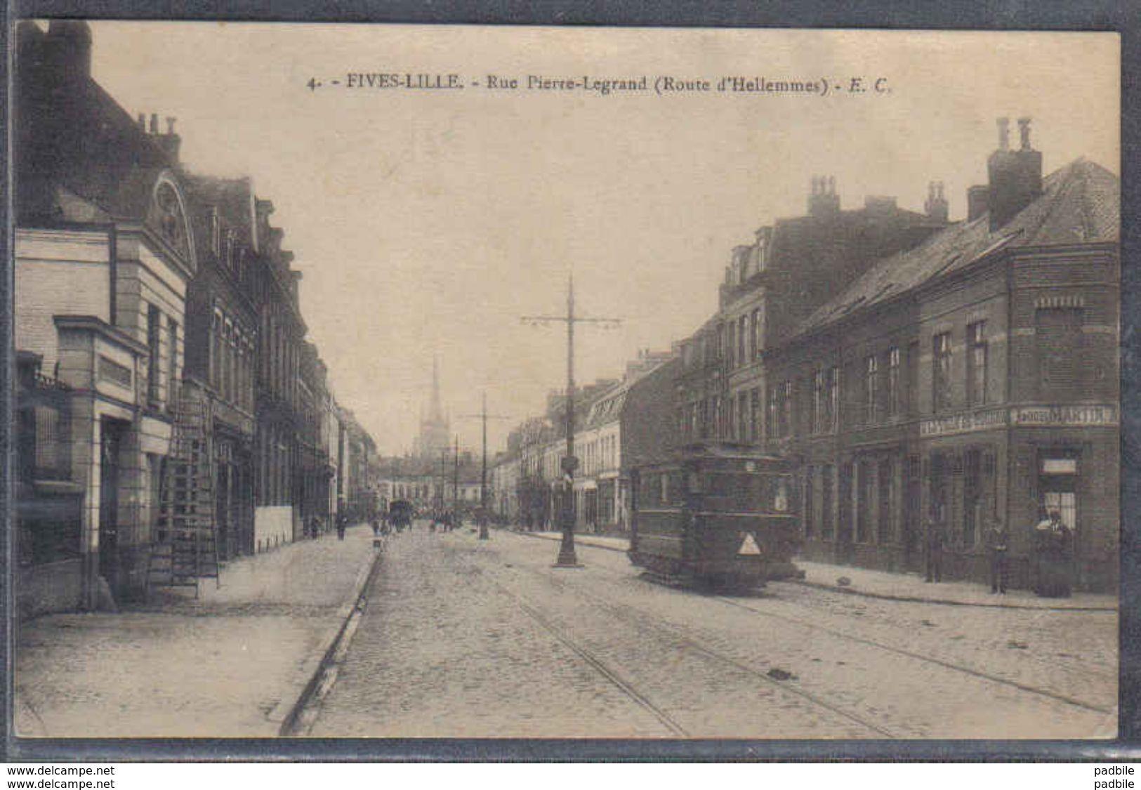 Carte Postale 59. Fives-Lille Tramway  Rue Pierre-Legrand   Trés Beau Plan - France