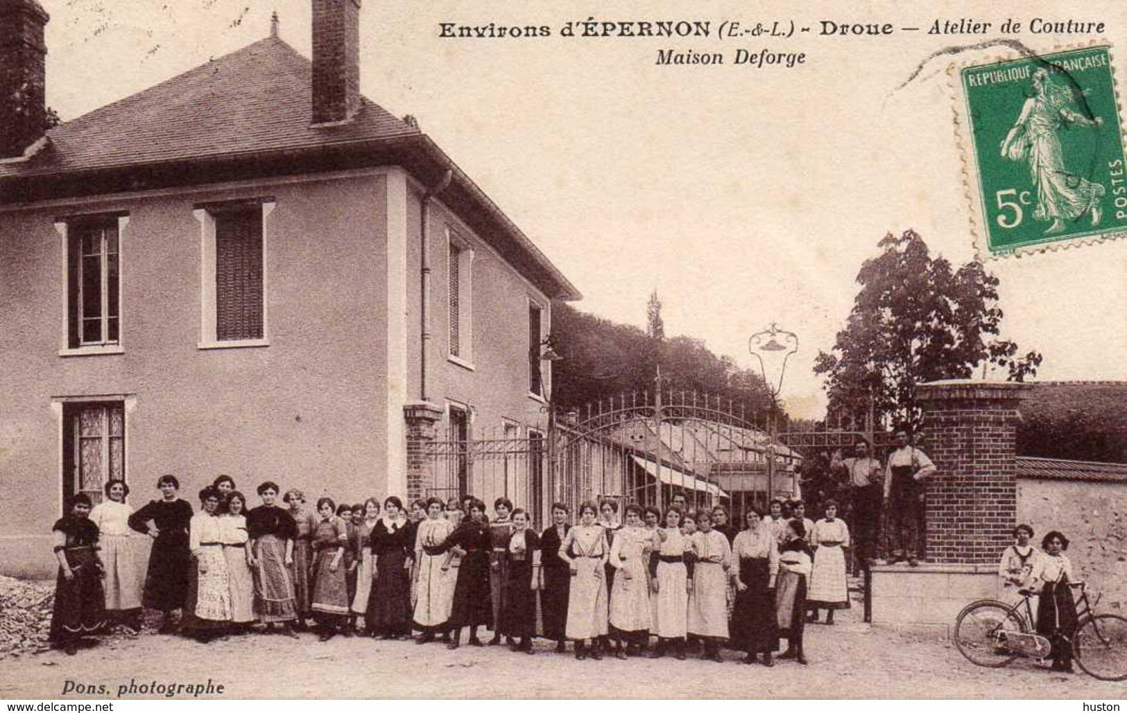 DROUE - Environs D'EPERNON - Atelier De Couture - Maison Deforge, Animée - Francia