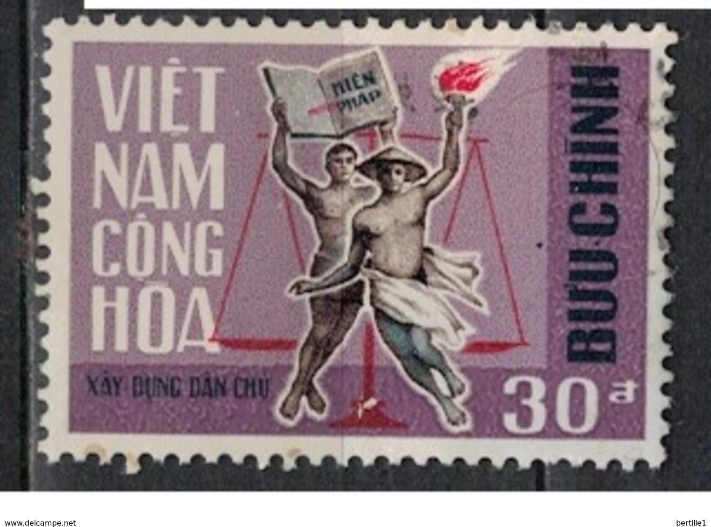 VIETNAM   SUD               N°     YVERT    322     OBLITERE              ( Ob  4/ J  ) - Vietnam