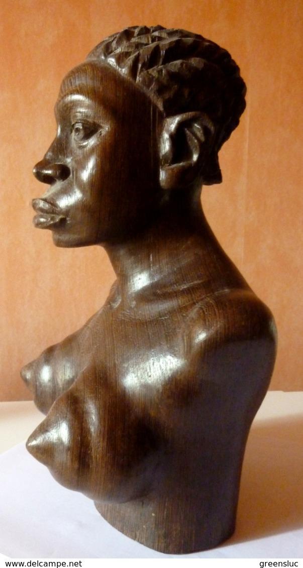 CONGO.Sculpture En Bois Signée  Eugène Malonga (1930–2005) .1966., Buste De Femme, Art Africain - Art Africain