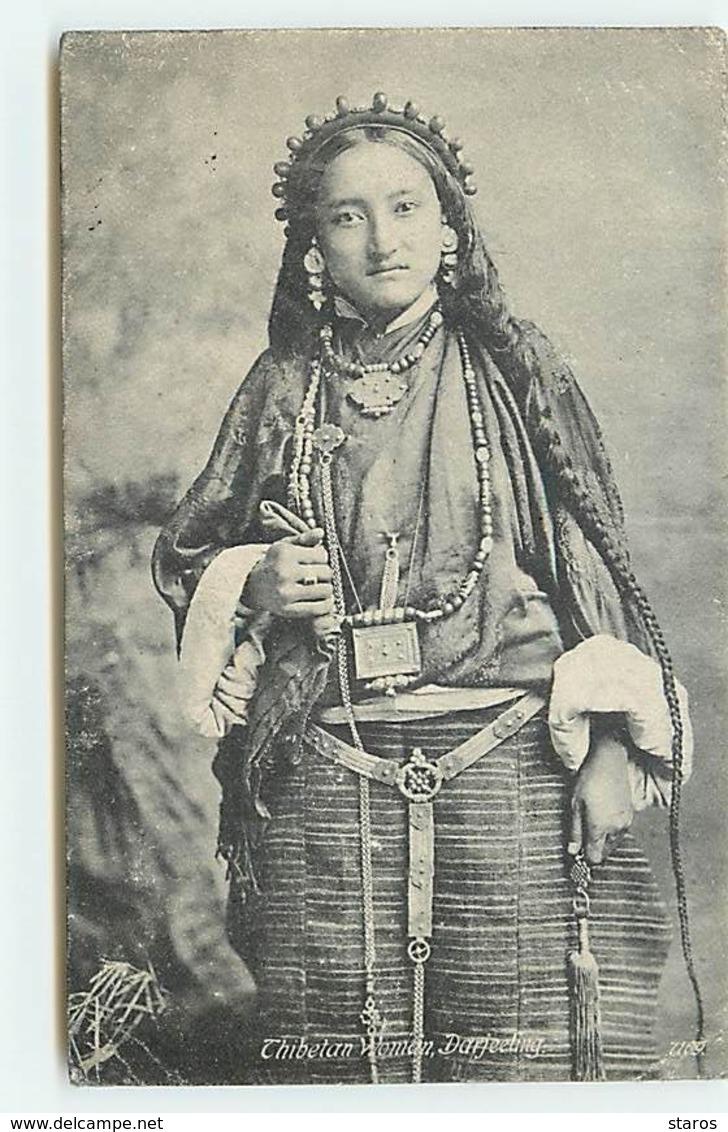 Thibetan Woman - Darjeeling - Tibet