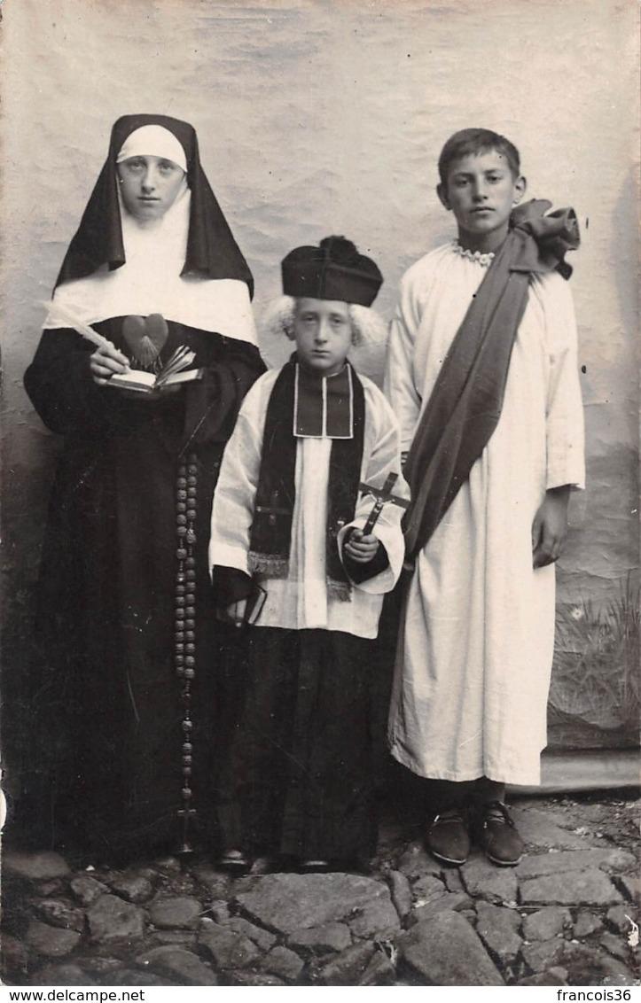 Religion - Catholicisme - Enfants Costumés En Curé & Religieuse - Carte Photo - Christianity