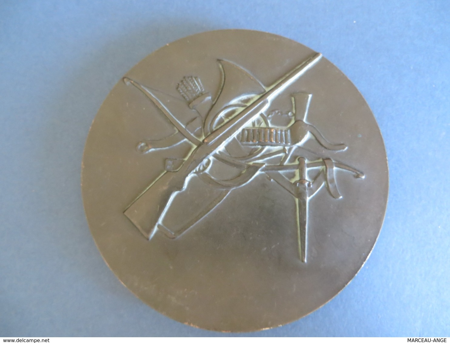 MEDAILLE ANCIENNE BRONZE , Delamarre,diametre 11/12cm , Pése 628 Grammes - Autres