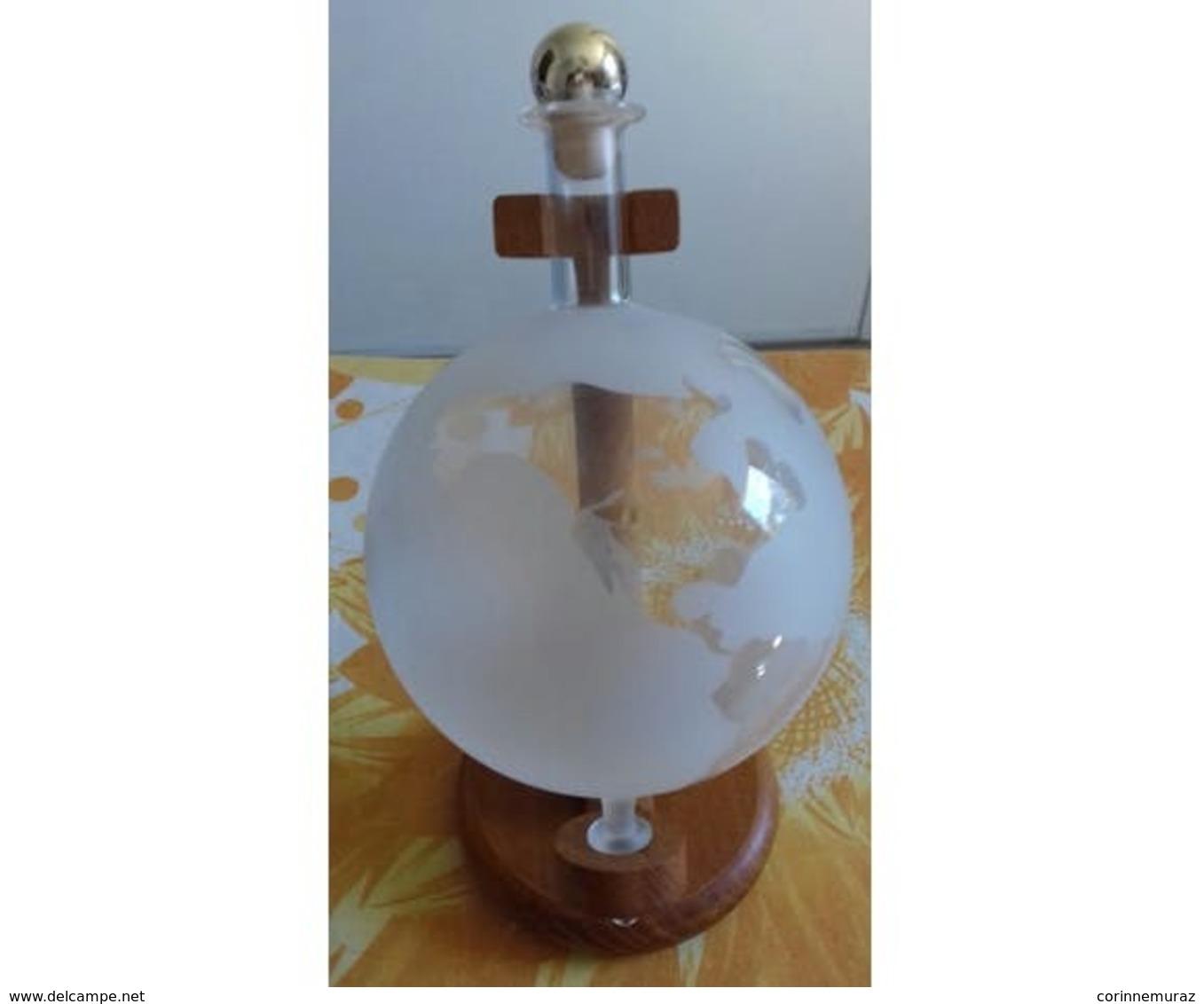 Carafe Globe En Verre - Other Bottles