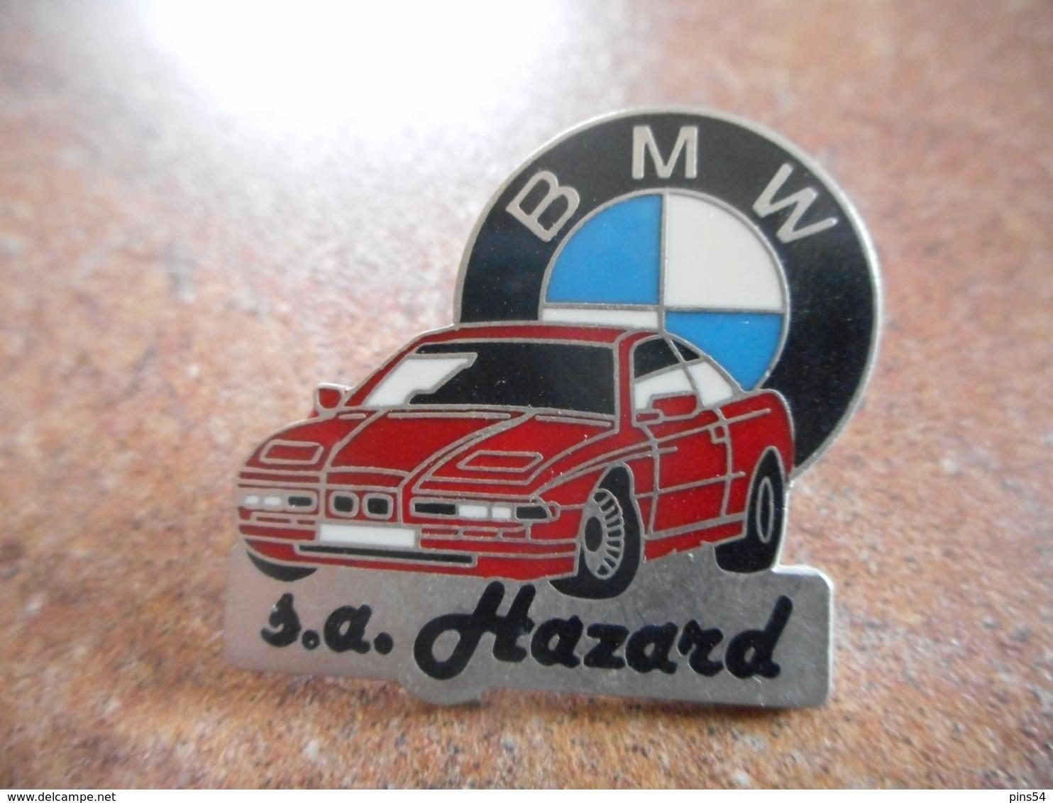 A044 -- Pin's BMW SA Hazard - BMW