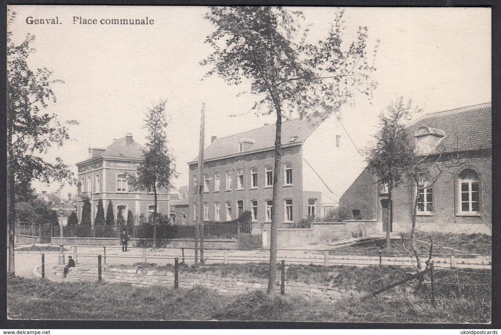 CPA -  Belgique, GENVAL, Place Communale - Rixensart