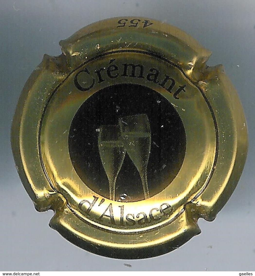 Capsule Crémant D'Alsace Noire Et Or - Placas De Cava