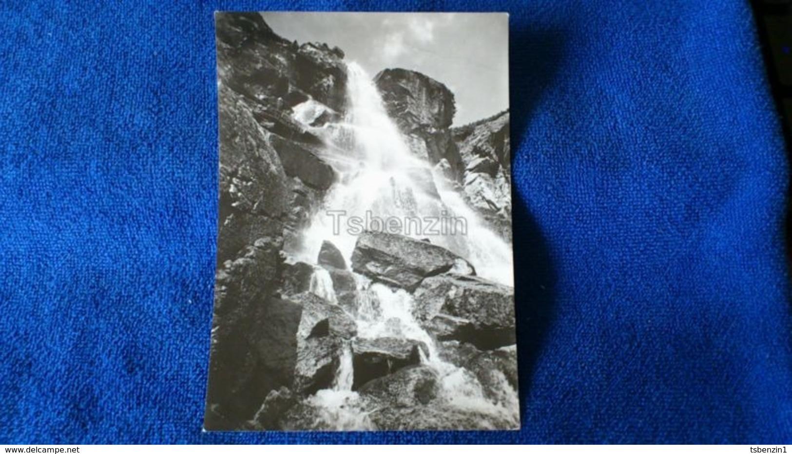 Vysoke Tatry Vodopad Skok Spadajuci Zo Skalnych Terás V Mlynickej Doline Slovakia - Slovacchia