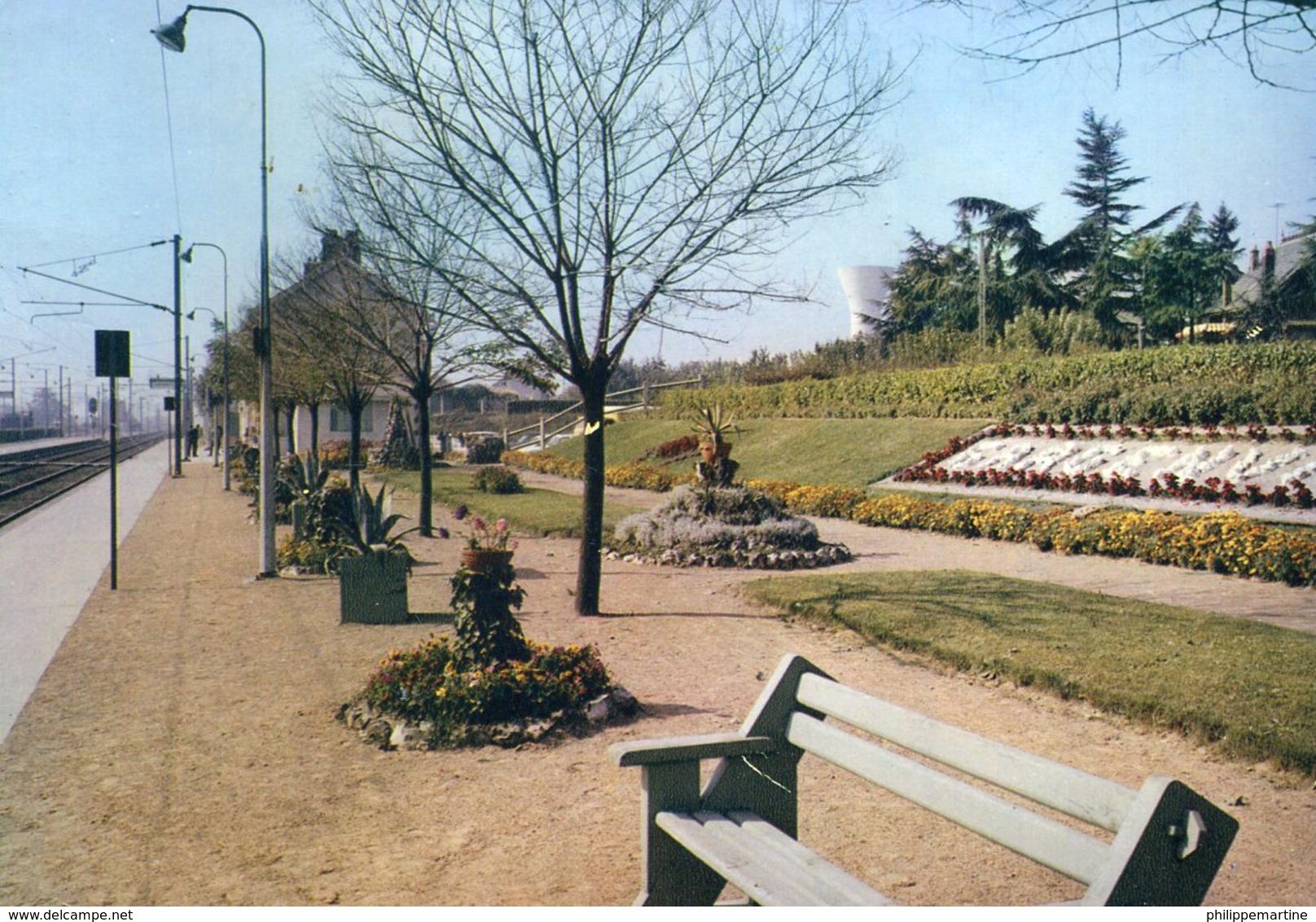 78 - Gargenville : La Gare - Gargenville