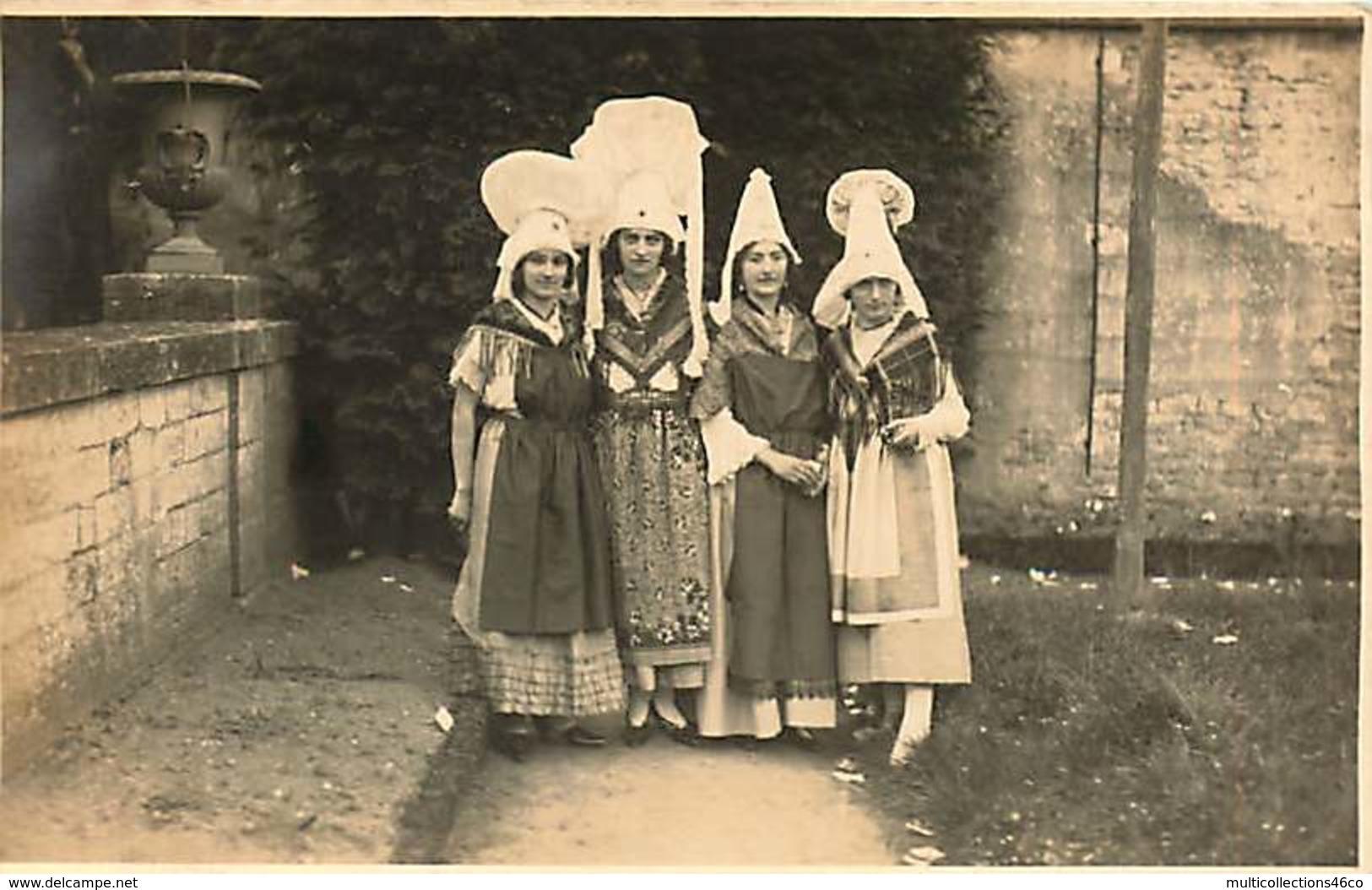 250919 - CARTE PHOTO 14 BAYEUX  - Costumes Traditionnels Coiffes Normandes - Scène Et Type - Bayeux
