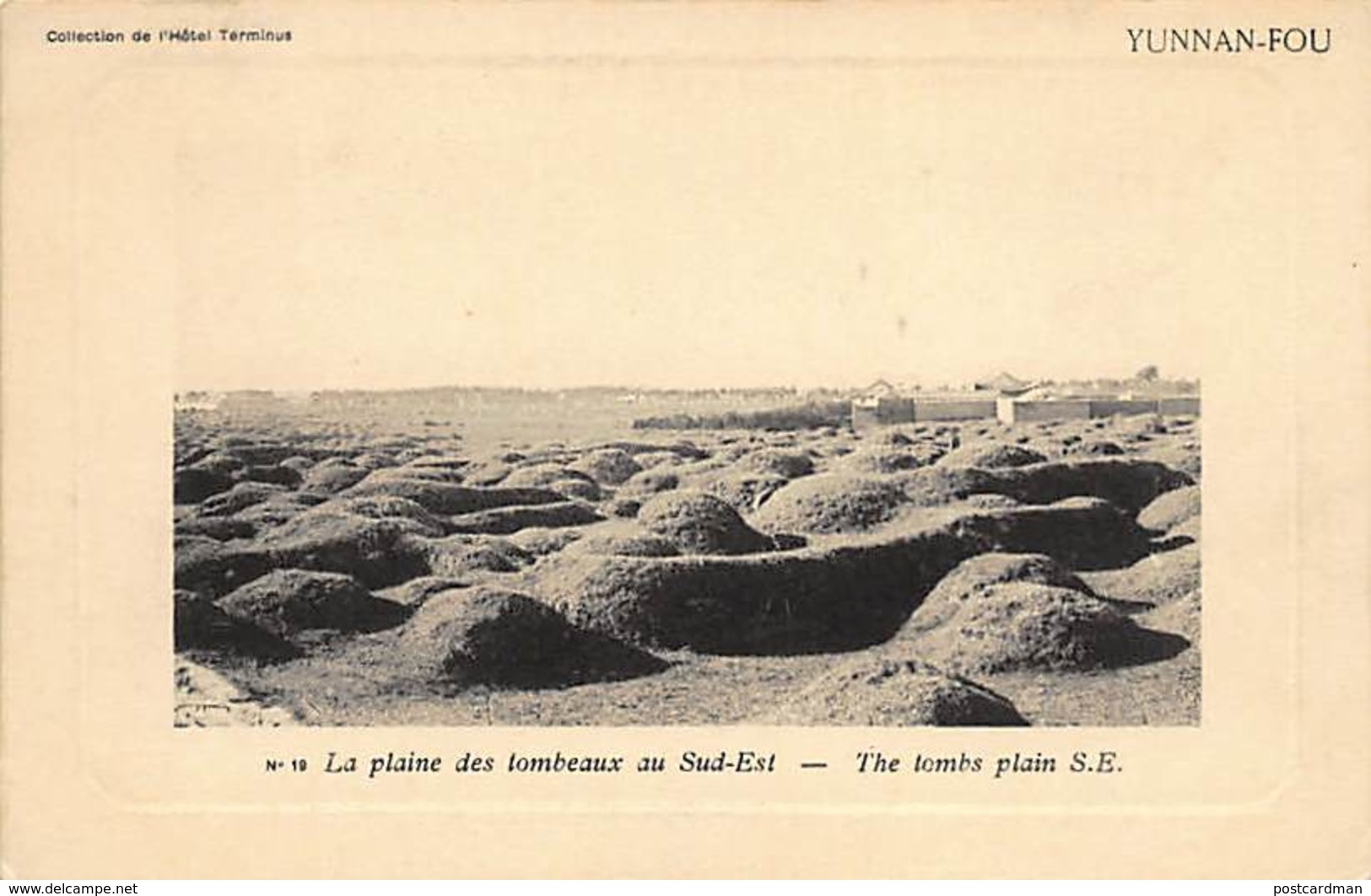 China - YUNNAN FU Kunming - The Tombs In The South East Plain - Publ. Hotel Terminus 19. - Chine