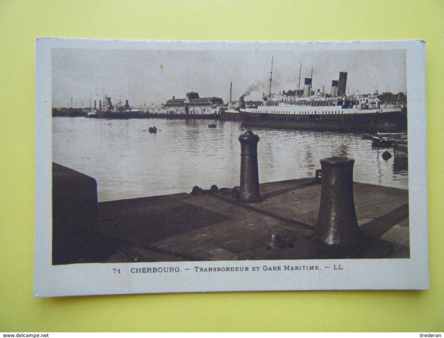 CHERBOURG EN COTENTIN. Cherbourg. Le Transbordeur Et La Gare Maritime. - Cherbourg