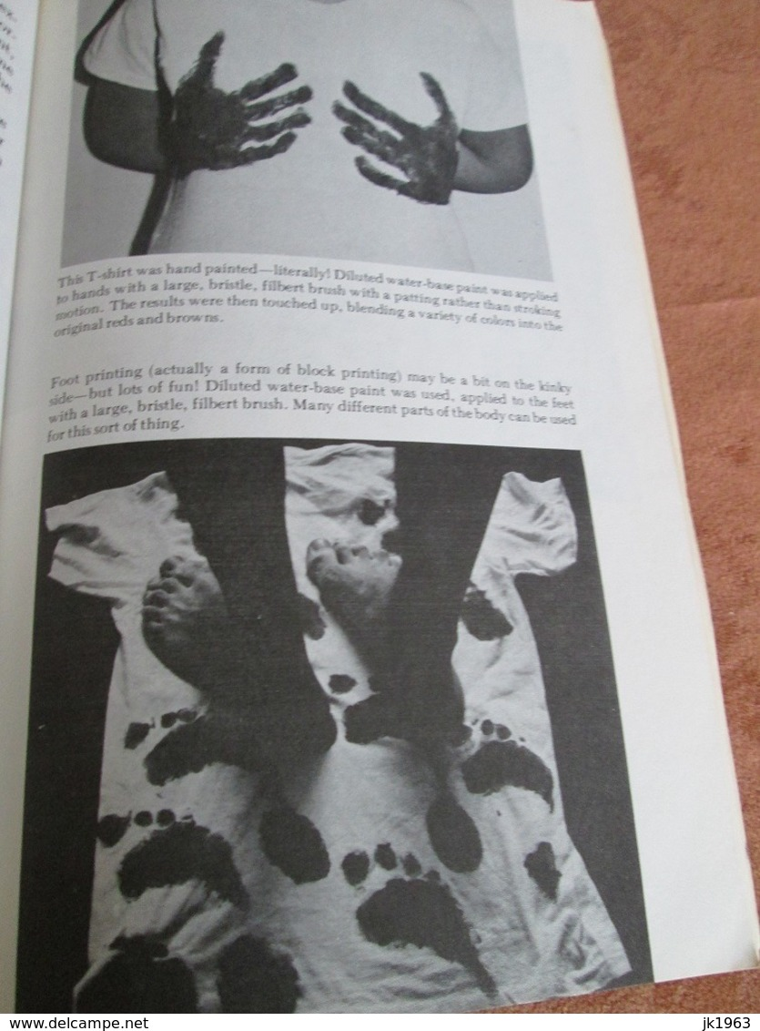 T – SHIRTING, By CHARLES PLATT 1975 - Praktisch