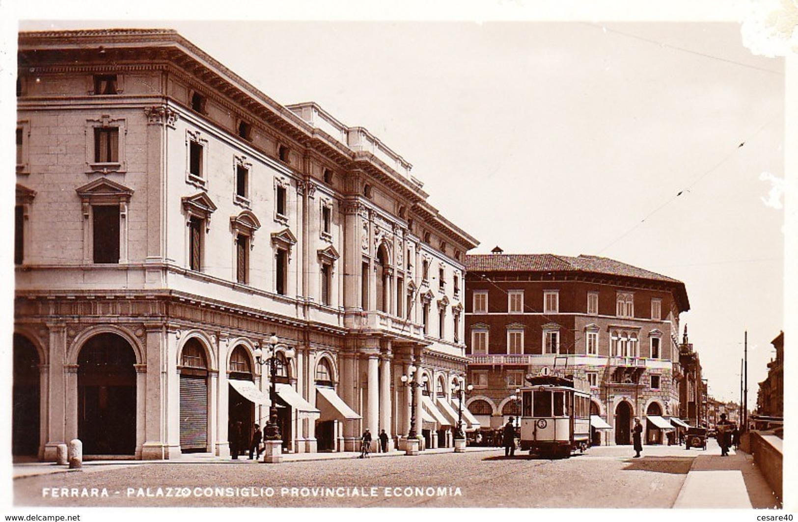 ITALIA - FERRARA - Animata Con Tram, Viag. 1935, For. Piccolo - 2019-1-352 - Ferrara