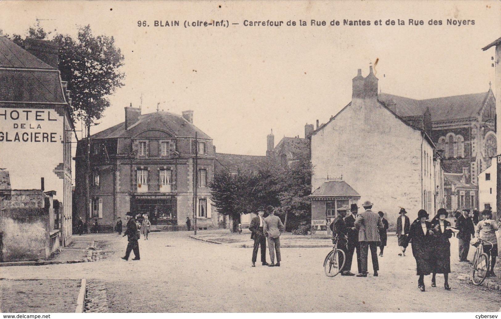 BLAIN - Carrefour De La Rue De Nantes Et De La Rue Des Noyers - Hôtel De La Glacière - Animé - Très Bon état - Blain