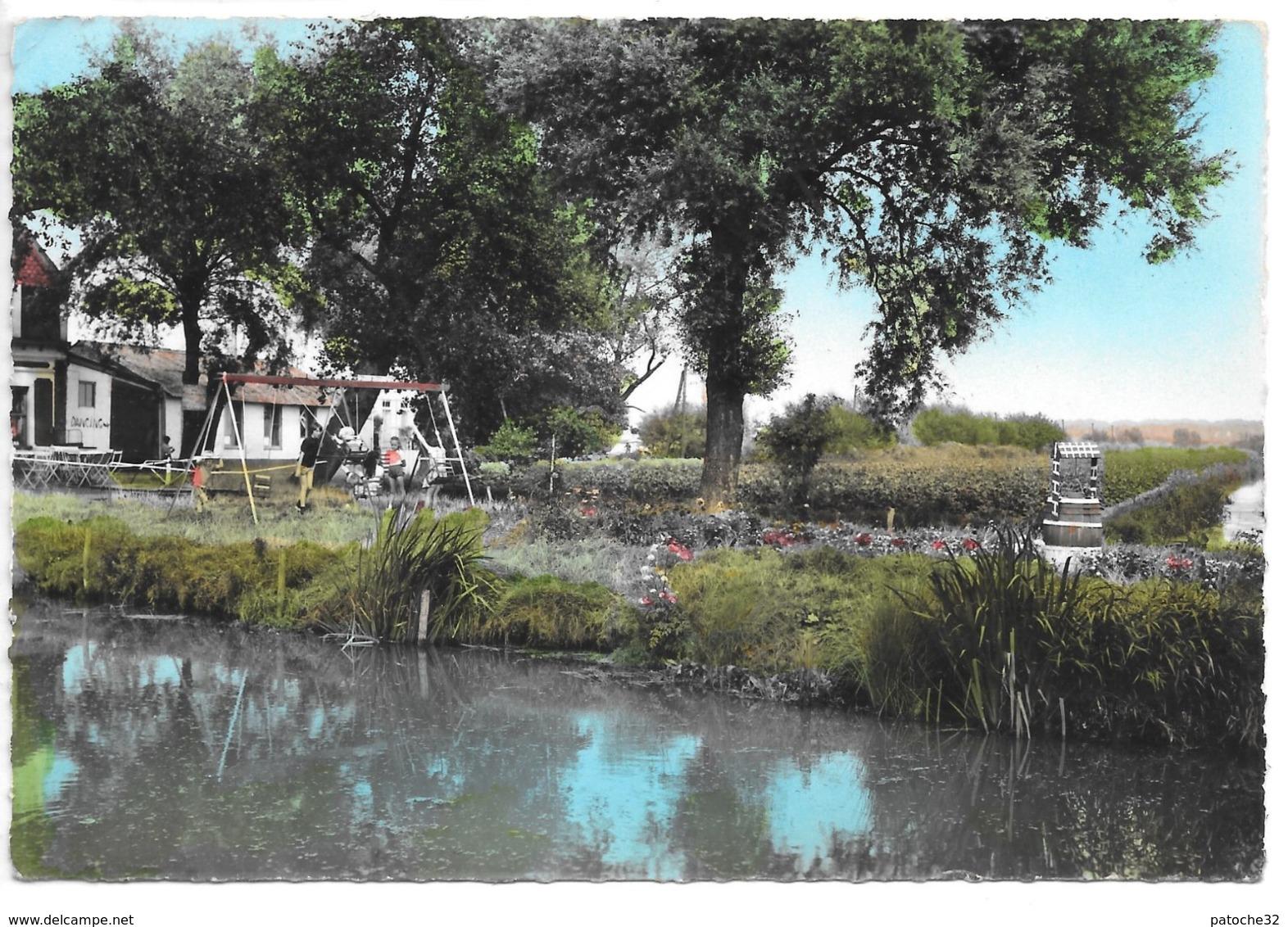 Environs De Saint-Omer..(Pas-de-Calais)..clairmarais...le Moulin Rouge...animée...cpsm...1966.. - Saint Omer