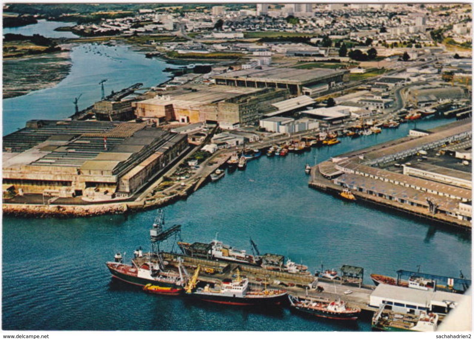 56. Gf. LORIENT. Le Port De Pêche De Keroman Et La Base Sous-marine. 922 - Lorient