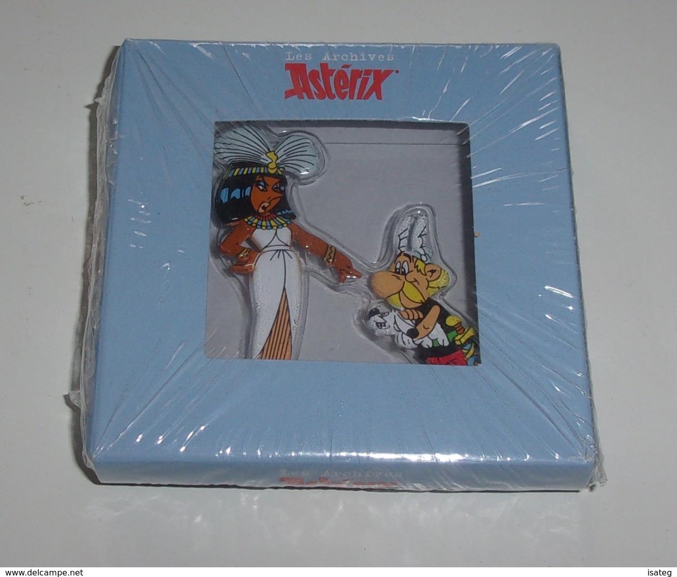 """Les Archives Astérix """"Astérix Et Cléopâtre"""" - Personnages En Métal - Asterix & Obelix"""